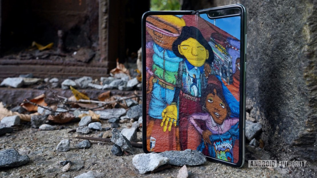 Samsung Galaxy Fold review art on the bridge