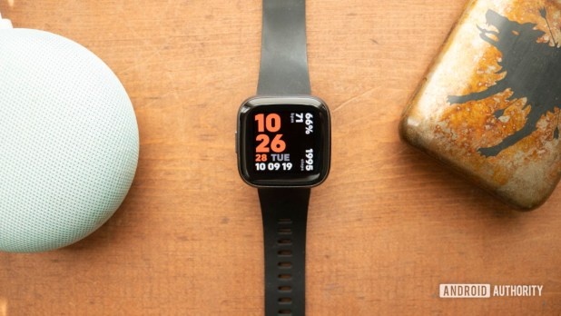 fitbit versa 2 review display watch face 5