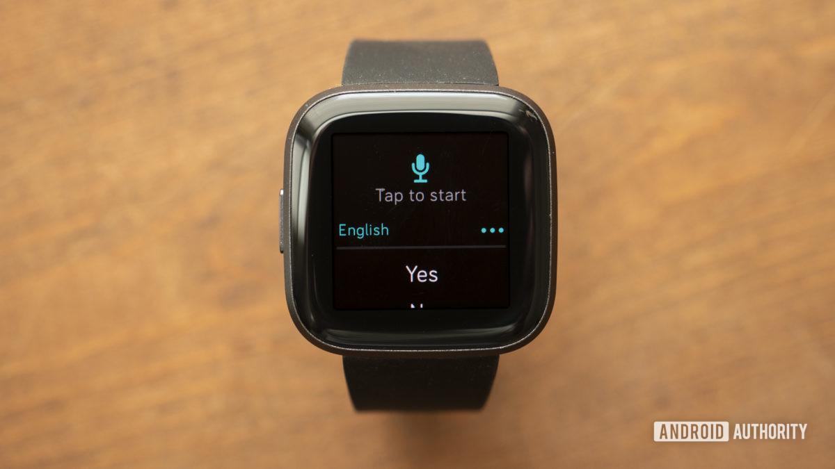 fitbit versa 2 обзор текстовых сообщений уведомления голосовой ответ 1
