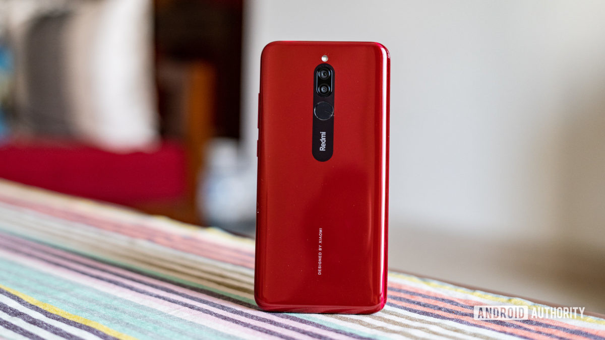 Redmi 8 standing up with camera and back