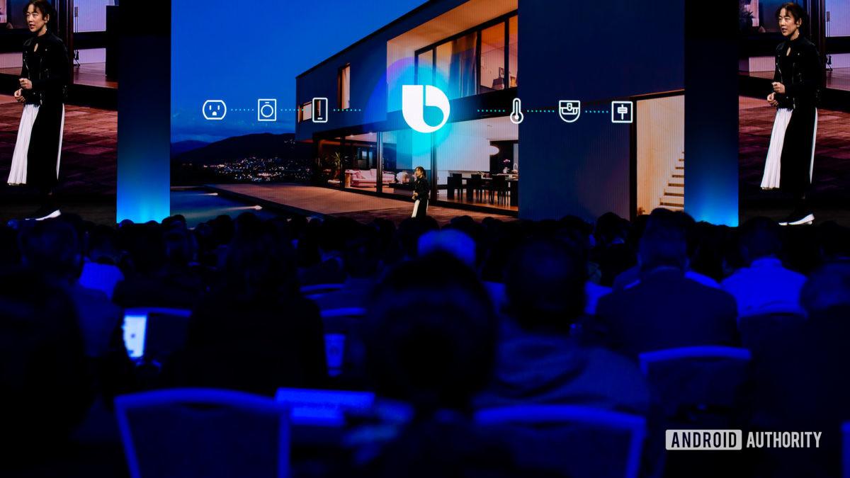 Логотип Биксби на конференции разработчиков Samsung 2019 - Цифровые помощники