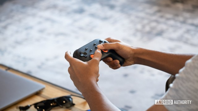 Google Stadia playing on controller 3