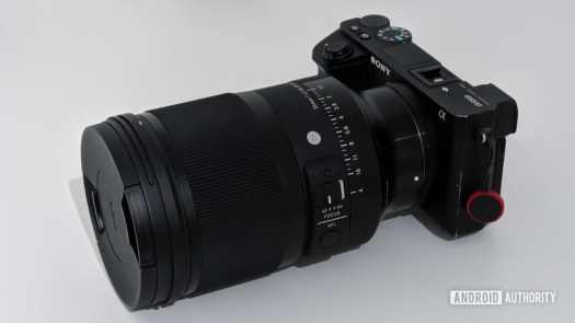 Sony a6500 with Sigma 35mm f1.2 lens
