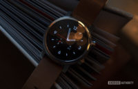 Moto 360 2019 review on book watch face 7