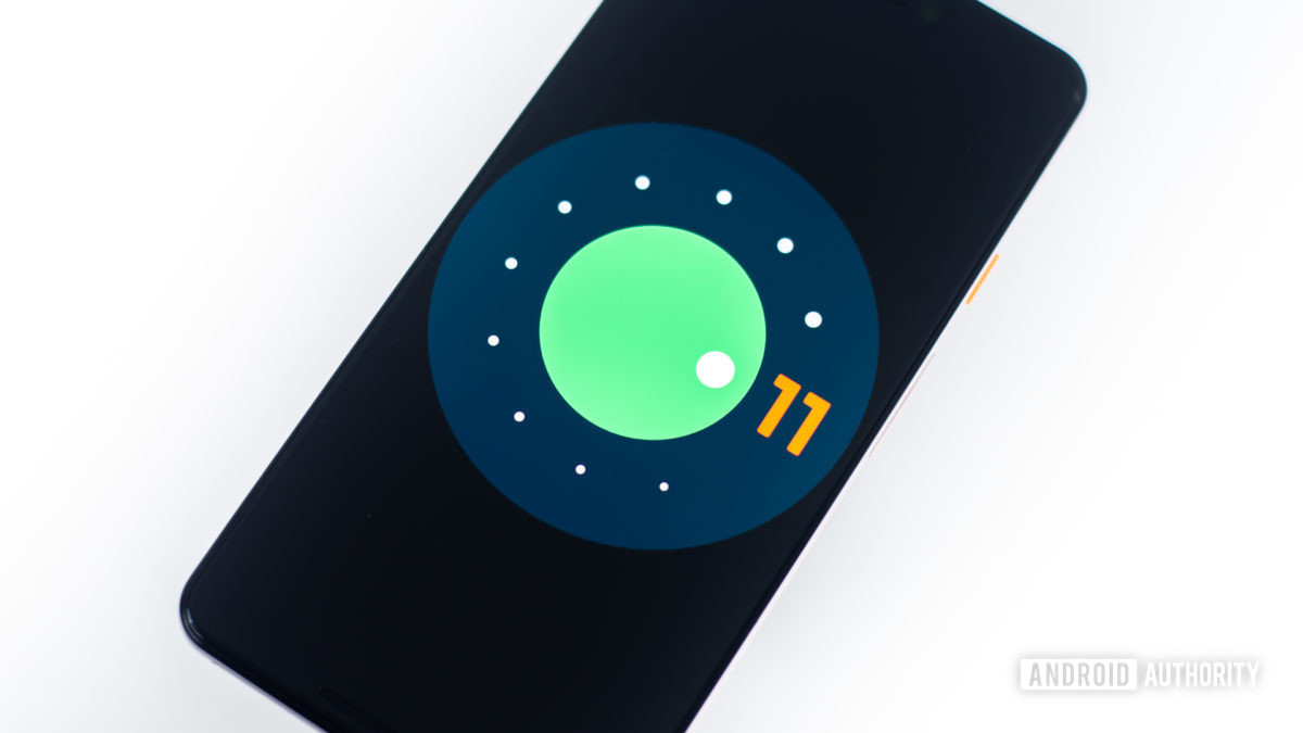 Логотип Android 11 на пикселе Google 3 xl