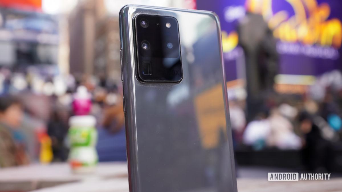 Samsung Galaxy S20 Ultra камера модельный профиль Таймс-сквер