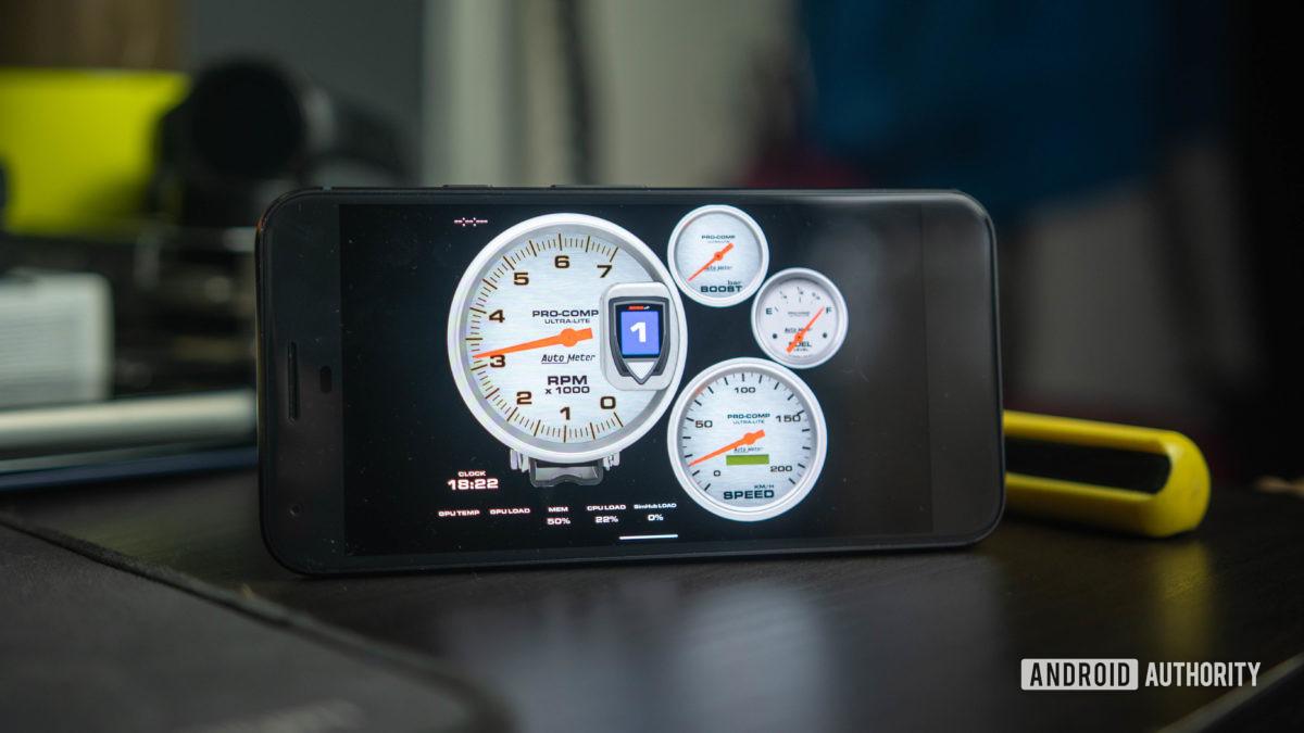 Simhub приборная панель открыта на пиксель 1 телефон