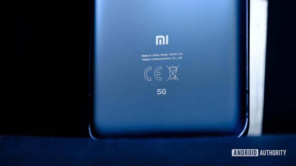 Xiaomi Mi 10 Pro, metade inferior traseira