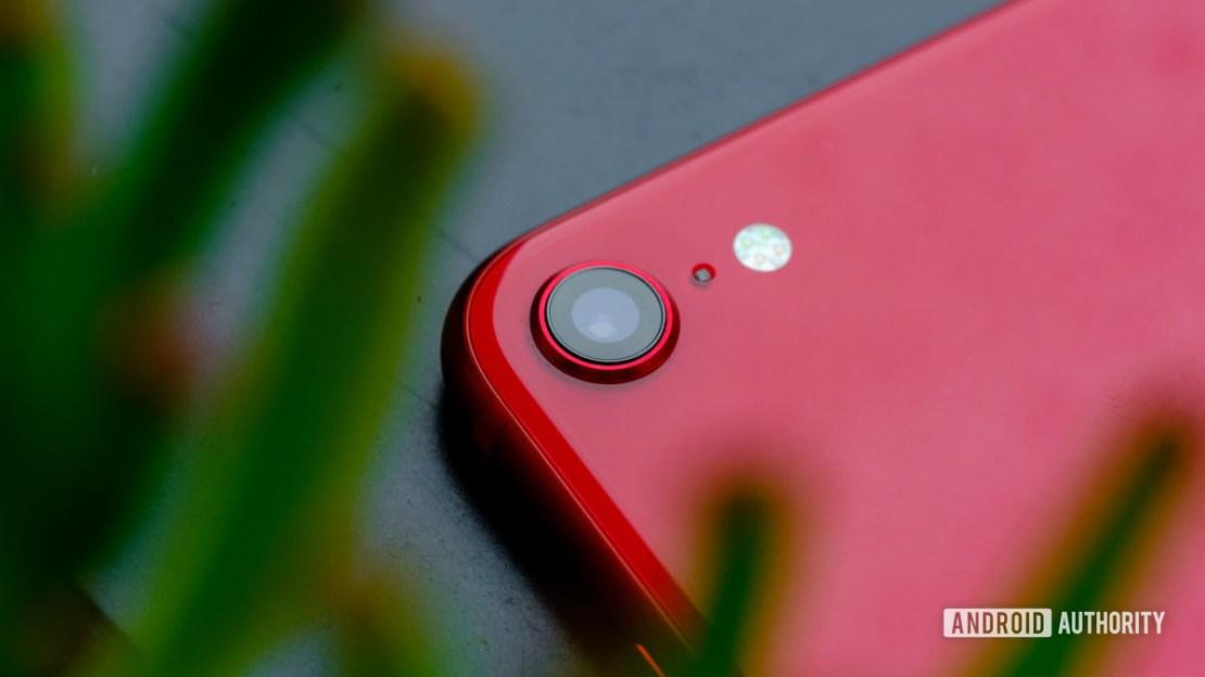 iPhone SE camera macro 2