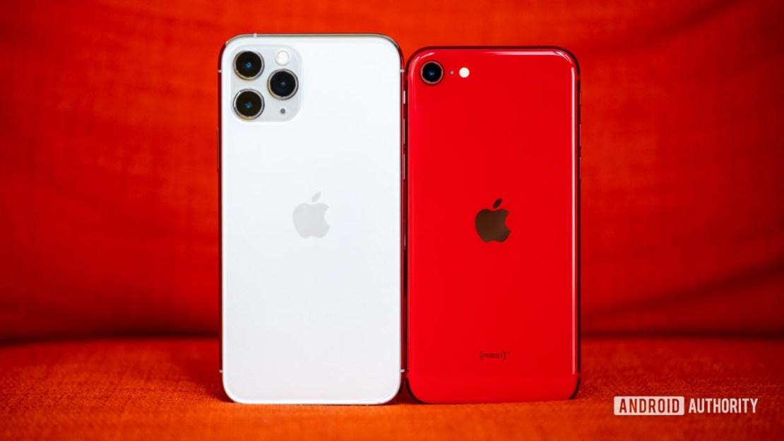 iPhone SE vs iPhone 11 Pro back