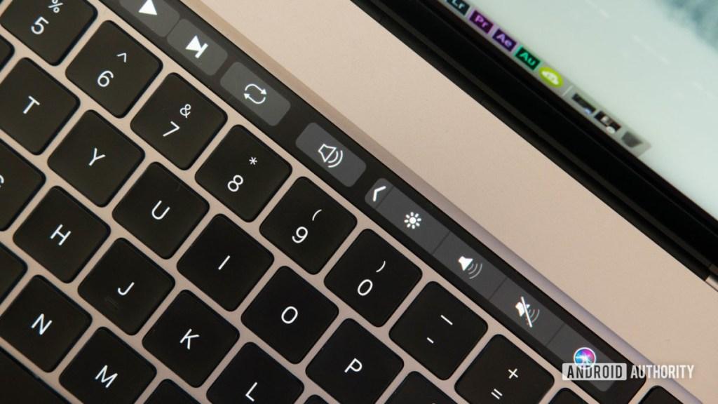 16-дюймовая сенсорная панель MacBook Pro