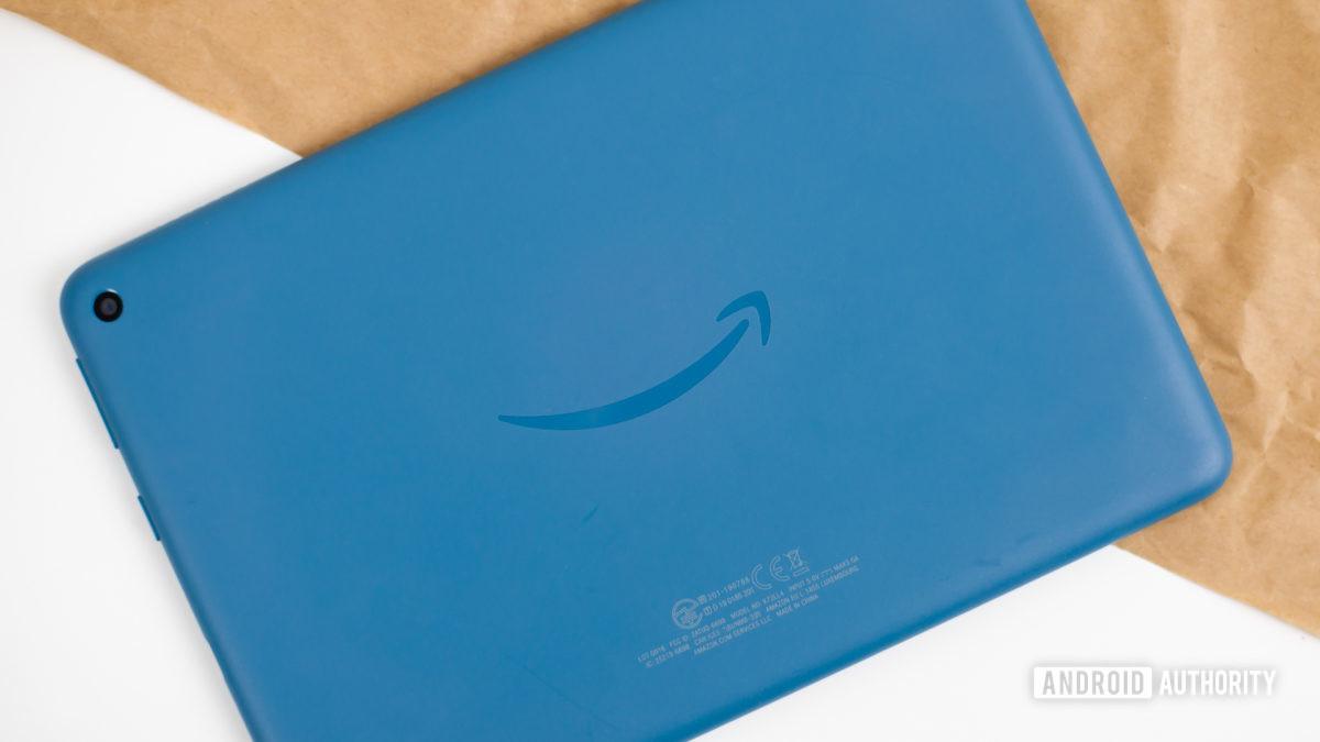Amazon Fire HD 8 2020 обзор фото 5