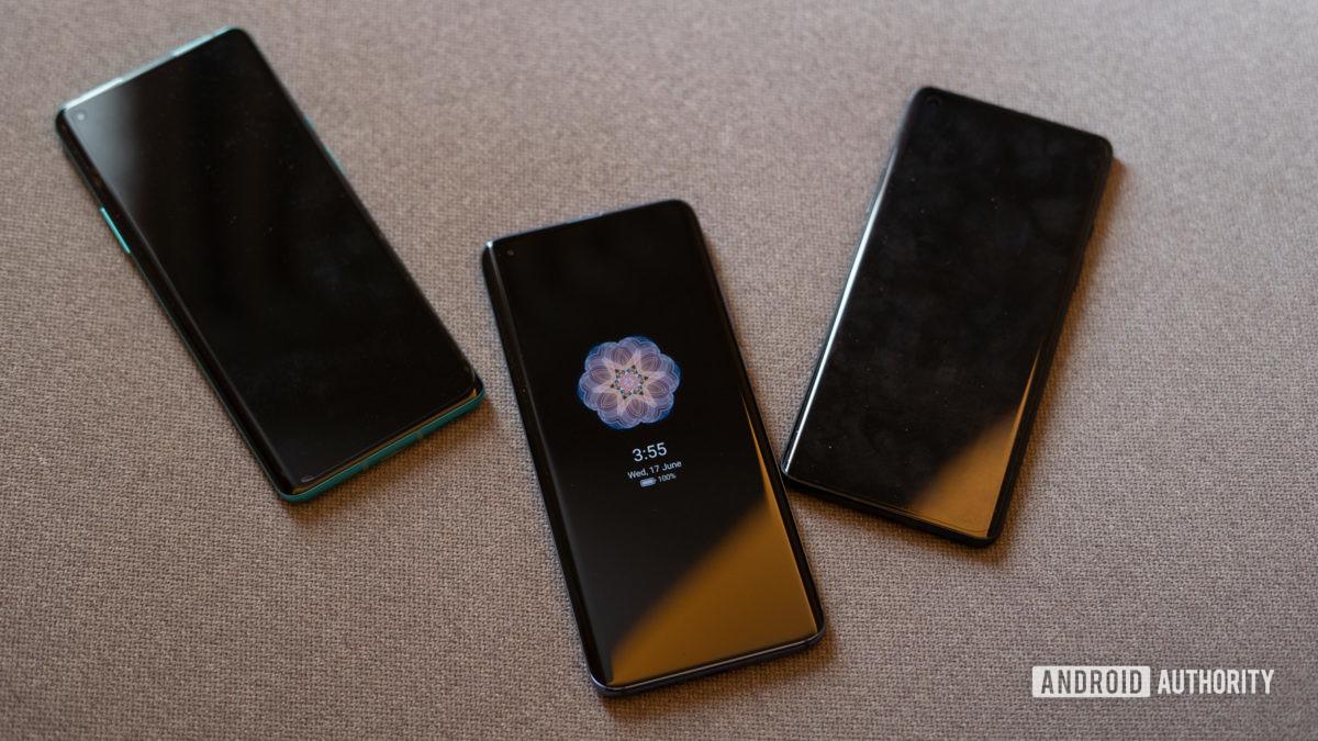 Xiaomi Mi 10 против OnePlus 8 Всегда на выставке