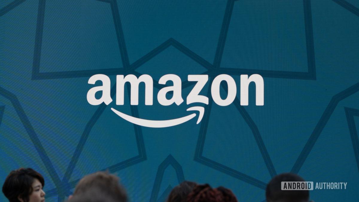 Выстрел героя логотипа Amazon