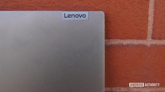 Lenovo Flex 5G branding