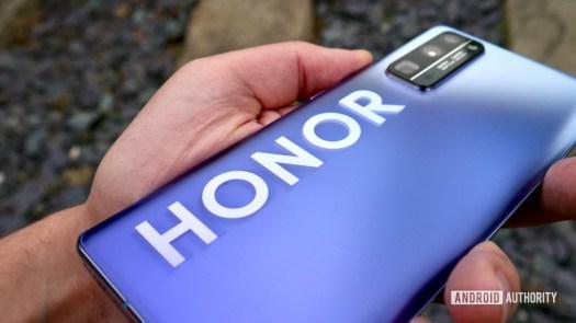 honor 30 pro plus review logo