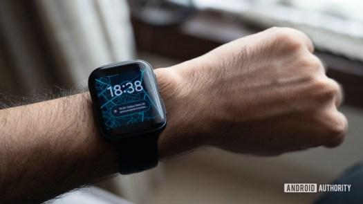 Oppo Watch on wrist lead image