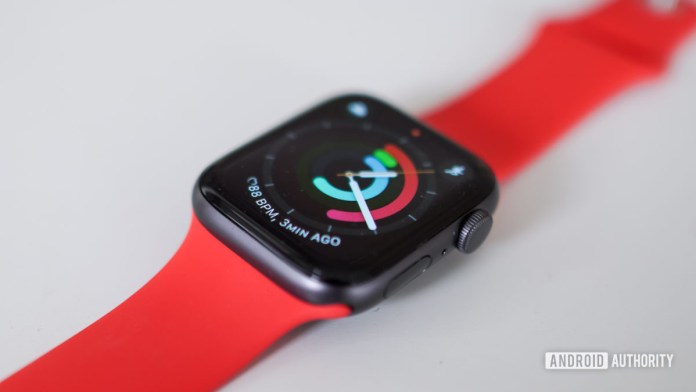 Apple Watch SE right profile