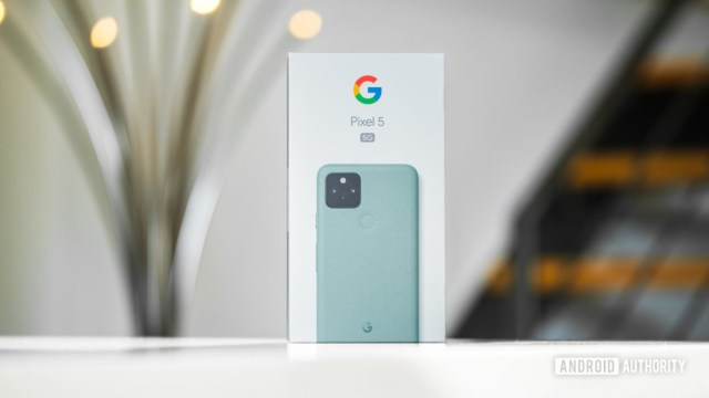 Коробка Google Pixel 5