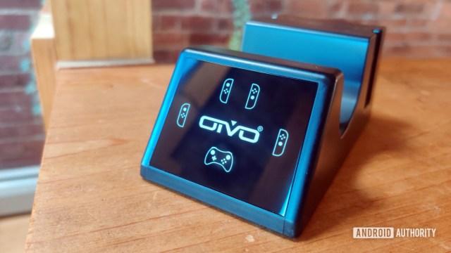 Подставка для зарядки Oivo для контроллеров Nintendo SWitch Review Hero