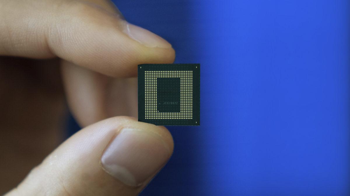 Chip Qualcomm Snapdragon 888 em mãos