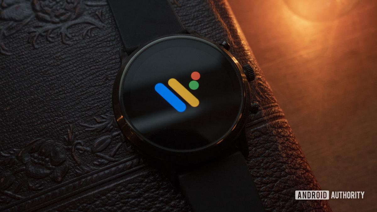 ископаемое поколение 5 Wear OS Logo 1