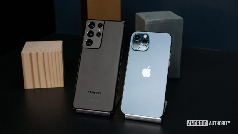 Samsung Galaxy S21 Ultra vs iPhone 12 Pro 2