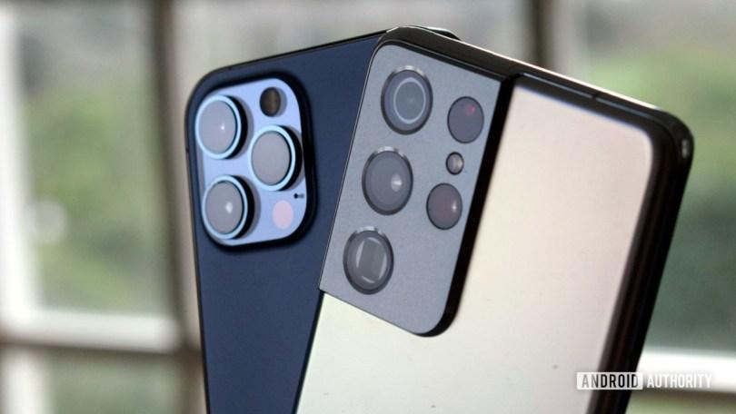 Galaxy S21 Ultra vs iPhone 12 Pro Max camera bright