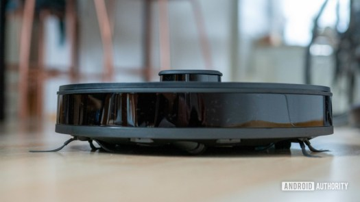 Ecovacs Deebot Ozmo N8 review front view profile