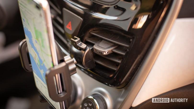 Mpow Air Vent Car Mount Pro review 7