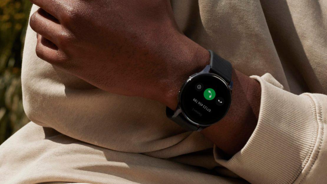 oneplus watch lifestyle image 2