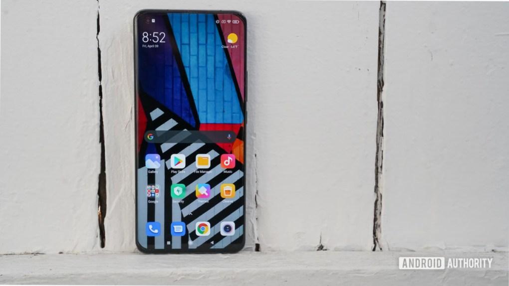 Xiaomi Mi 11 Ultra screen left