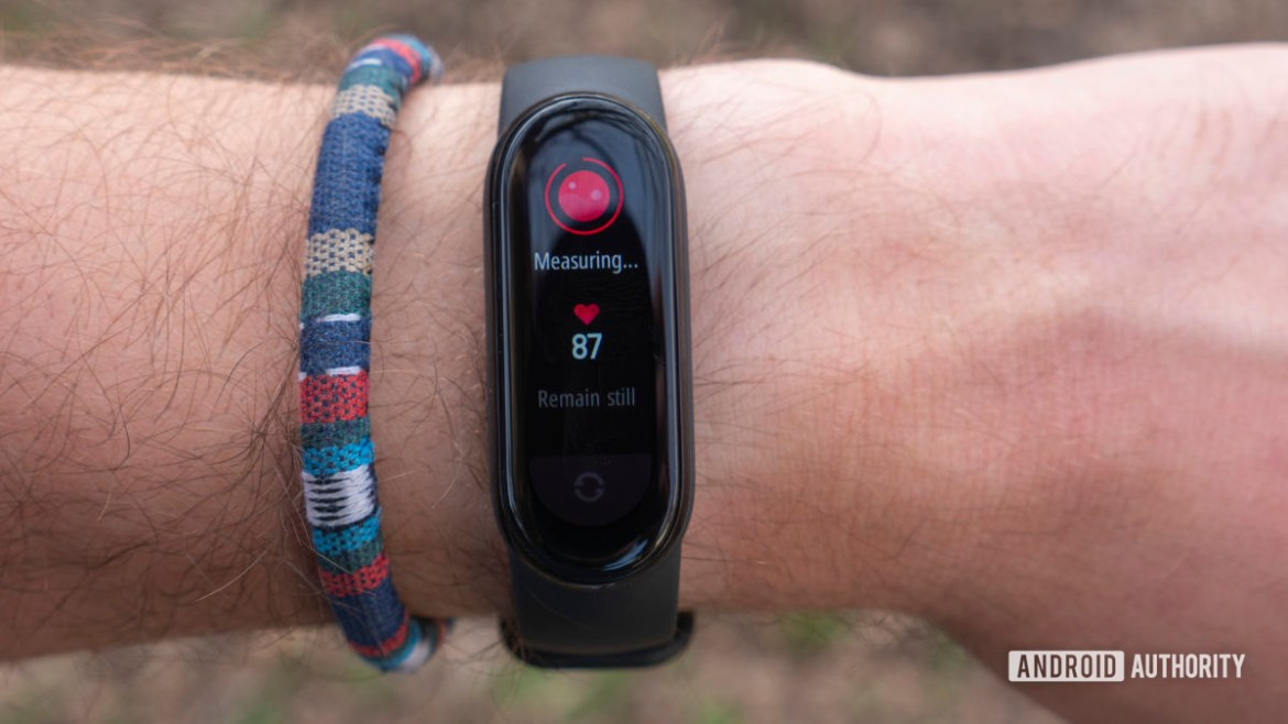 xiaomi mi band 6 review spo2 blood oxygen tracking pulse oximeter