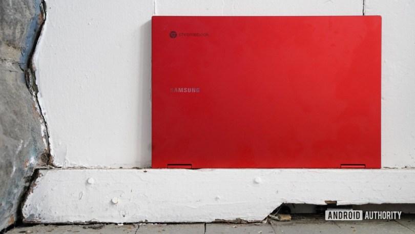 Samsung Galaxy Chromebook 2 closed up