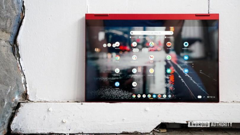 Samsung Galaxy Chromebook 2 tablet mode