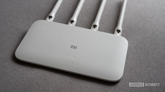 Mi Router 4A gigabit edition side profile