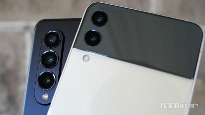 Samsung Galaxy Z Fold vs Z Flip camera closeup 1