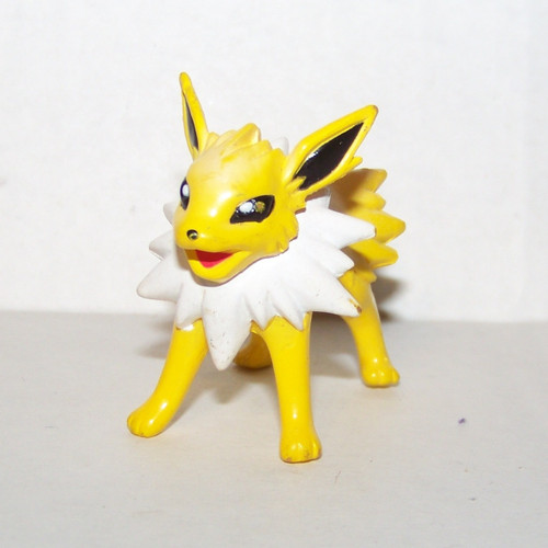 Pokemon Jolteon Tomy Figure
