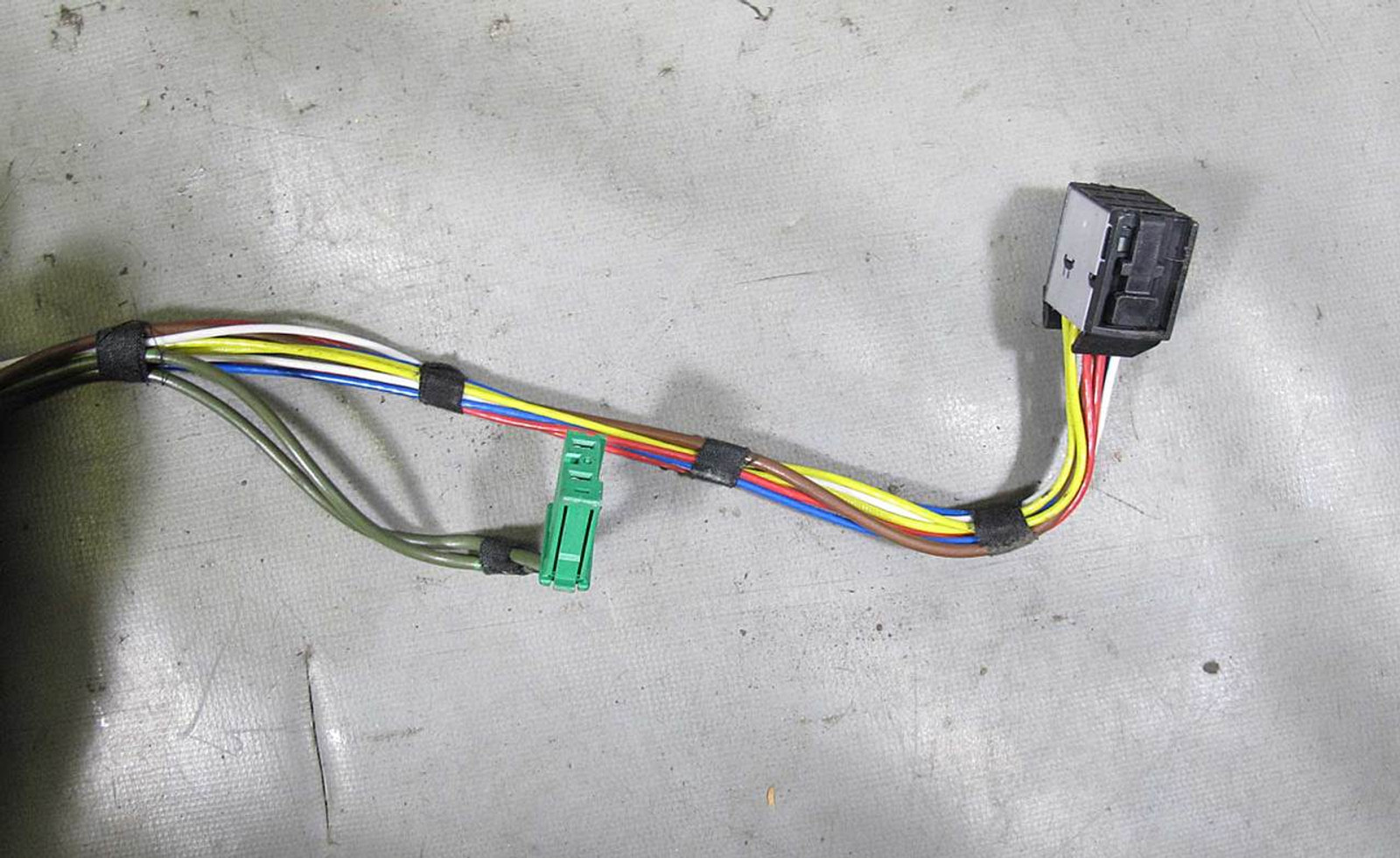 BMW E65 E66 745i 745Li Engine Ignition Coil Wiring Harness
