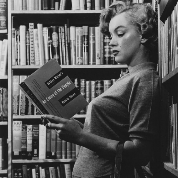 Image result for marilyn monroe reading