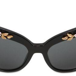 339bee31a6db Lyst Dolce   Gabbana Flower Embellished Cat Eye Sunglasses In Black
