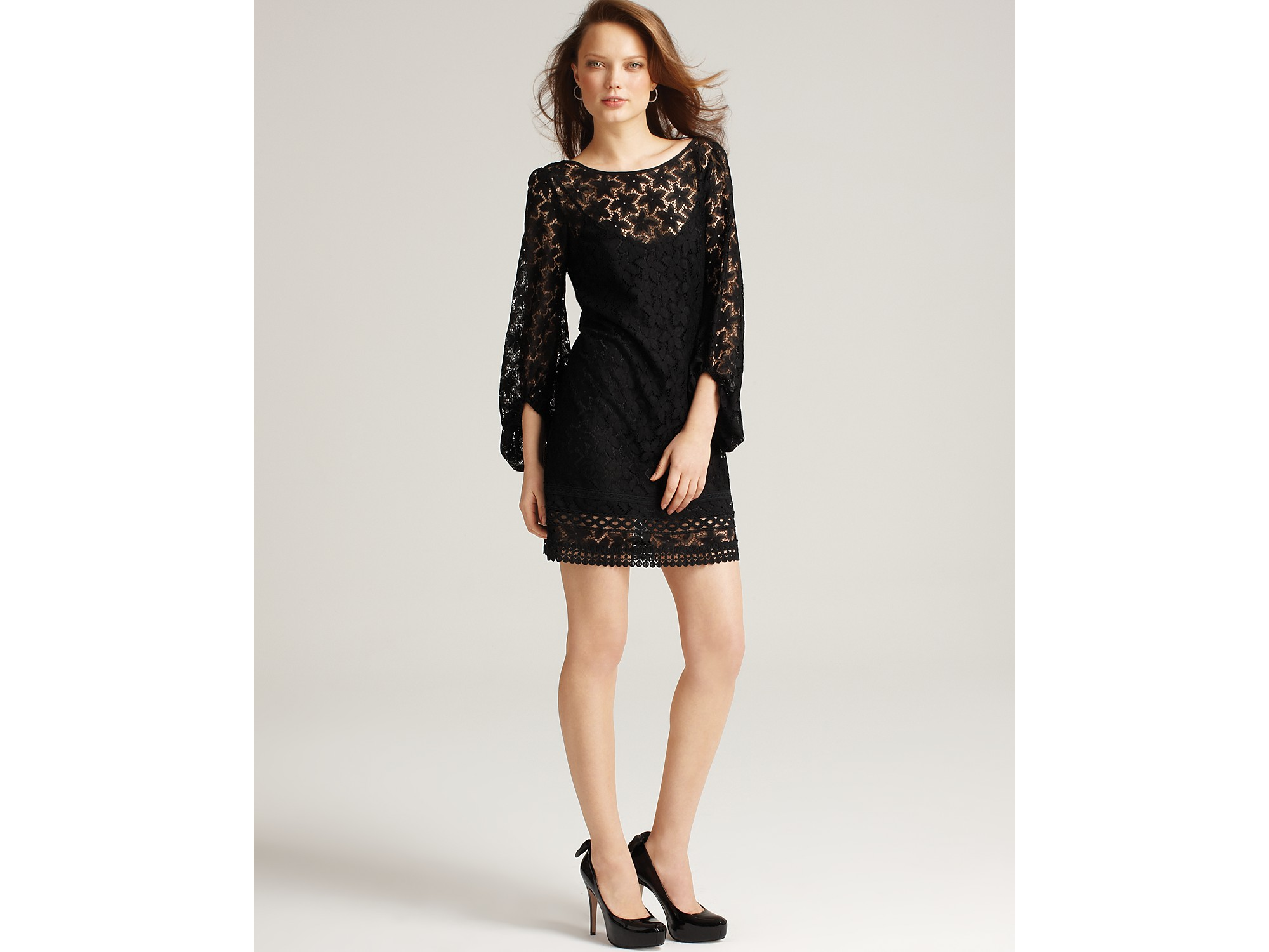Laundry By Shelli Segal Sand Dollar Lace Dress With