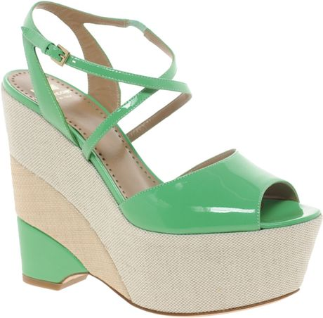 Moschino Cheap & Chic Moschino Cheap and Chic Kigelia Patent Wedge Sandals in Green