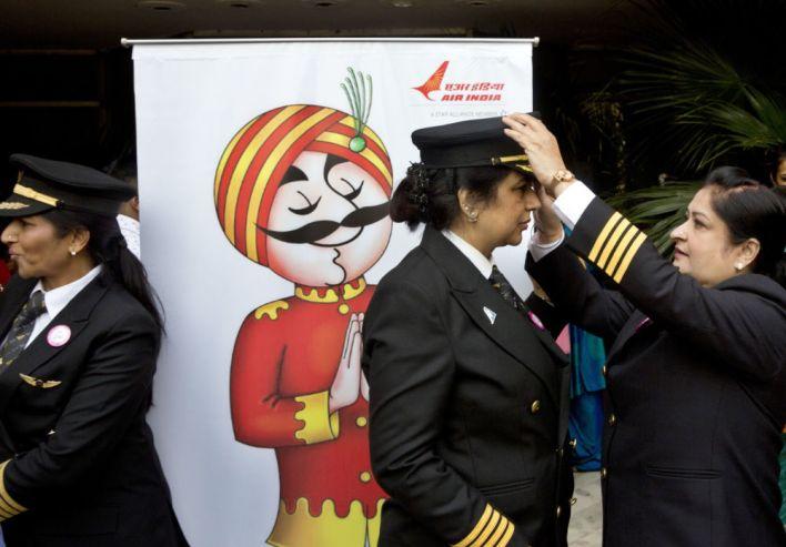 نساء طيارين ÙÙŠ شركة آير إندية الهندية