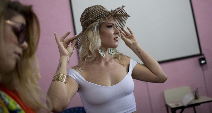مسابقة ملكة جمال السجون تالاÙيرا بريوس ÙÙŠ البرازيل، 4 ديسمبر/ كانون الأول 2018 - المشاركات ÙÙŠ المسابقة التي تÙقام للمرة الـ 13 على التوالي ÙÙŠ ريو دي جانيرو