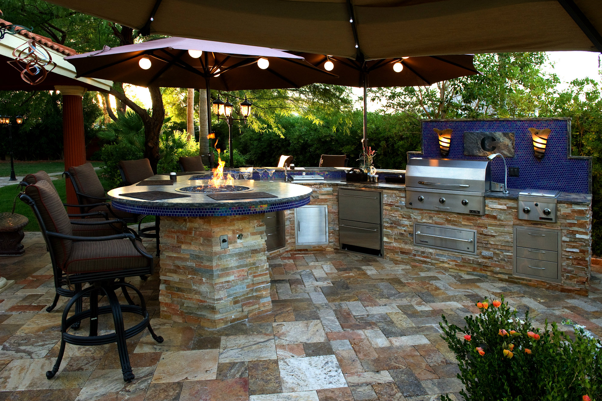 Backyard Living Trends | Pool & Spa News | Accessories ... on Back Garden Patio Ideas  id=98742