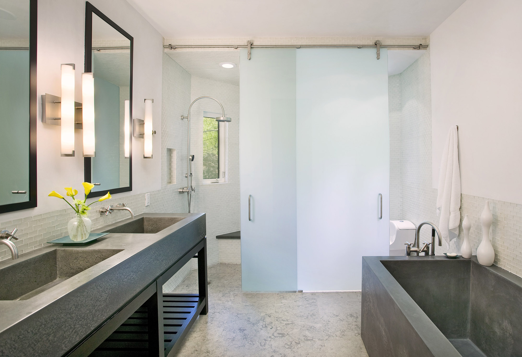 Bendheim Offers Bright And Stylish New Glass Options Custom Home Magazine Shower Bath