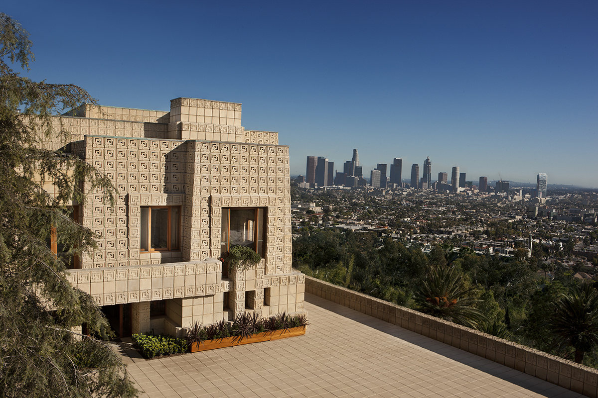 Frank Lloyd Wrights Ennis House Is Back On The Market Custom Home Magazine Historic