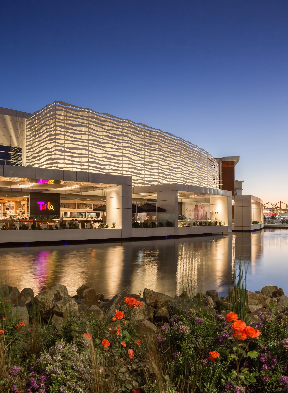 Mall Plaza Oeste Aires Architect Magazine