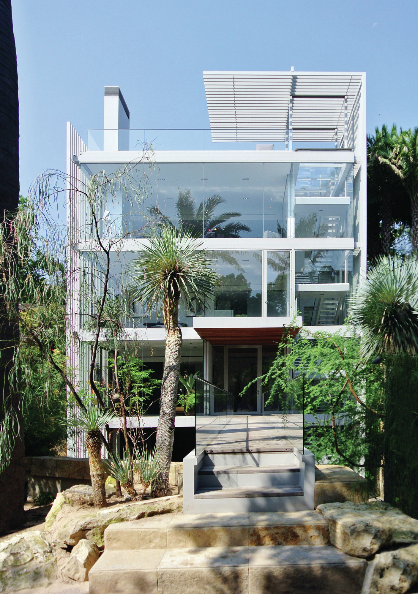 Vertical House In Dallas Wins National Steel Building